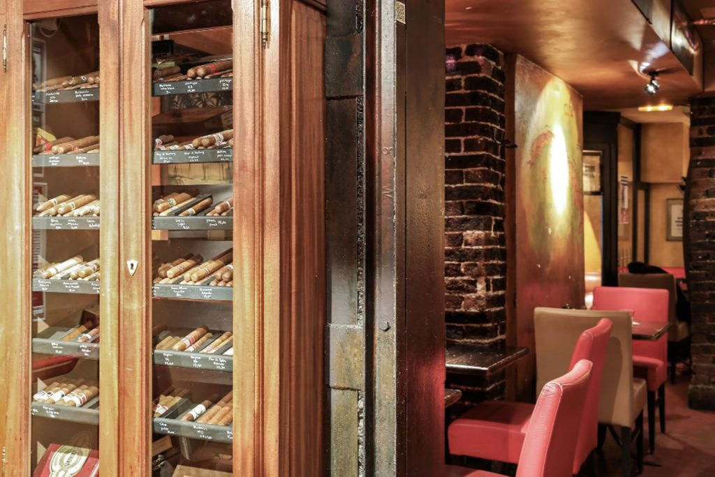 Cubana Café salon fumoir cigare Paris